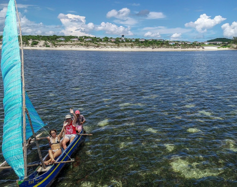 Visit of Andovokonko Bay in a Traditional Canoe or Fishing in Malagasy Style